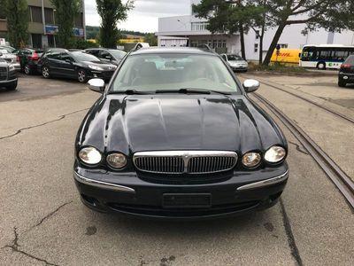 gebraucht Jaguar X-type Estate 3.0 V6 Traction4 Sov. Anniv. Pack Aut.