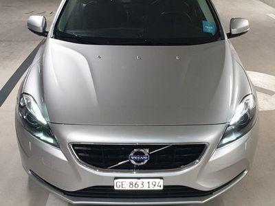 gebraucht Volvo V40 D3 Momentum Geartronic
