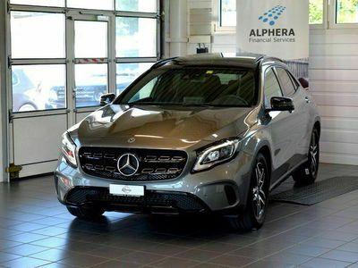 gebraucht Mercedes GLA200 Urban 7G-DCT