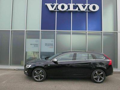 gebraucht Volvo V60 V60 2.4 D6 TE Momentum Pl.Hyb.