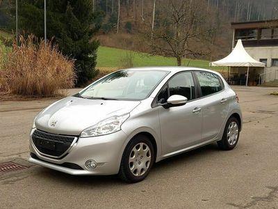 gebraucht Peugeot 208 Ausstattungslinie Active, technisch einwandfrei, neuer Kat.