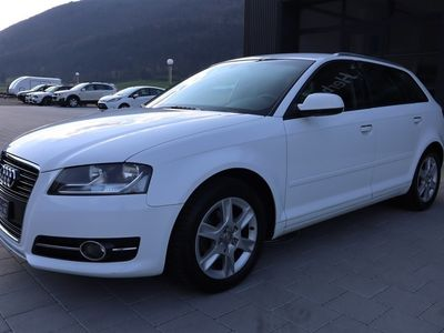 gebraucht Audi A3 Sportback 1.6 TDI Attraction S-tronic