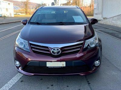 gebraucht Toyota Avensis Sportswagon 2.2D-CAT Linea Sol Premium A