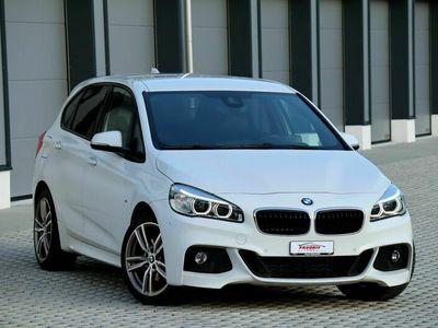 gebraucht BMW 220 Active Tourer 2er 220d xDrive Active Tourer M Sport Steptronic ///M-Weiss 2er d xDrive M Sport Steptronic ///M-Weiss