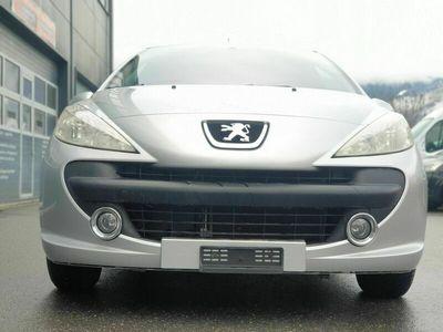 gebraucht Peugeot 207 1.4 16V Look