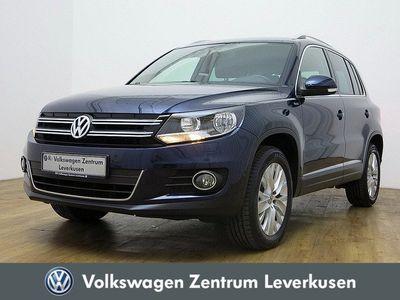 gebraucht VW Tiguan 2.0 TDI Life 4Motion PORT NAVI AHK SHZ