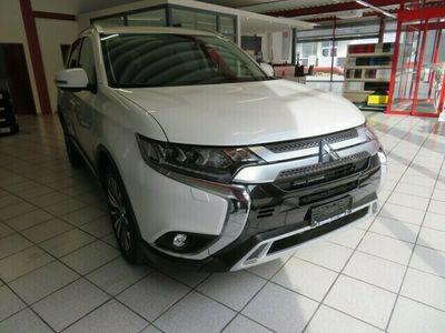 gebraucht Mitsubishi Outlander Outlander 2.0 Value 4WD CVT2.0 Value 4WD CVT
