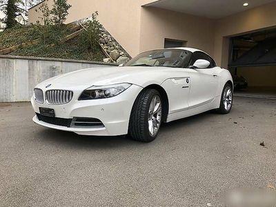 gebraucht BMW Z4 sDrive 35i DKG - mineralweiss/braun
