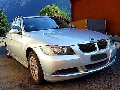 gebraucht BMW 320 i Touring E91