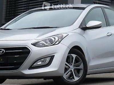 gebraucht Hyundai i30 diesel (12/2015 - km 45'000)