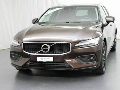 gebraucht Volvo V60 2.0 D4 Momentum AWD