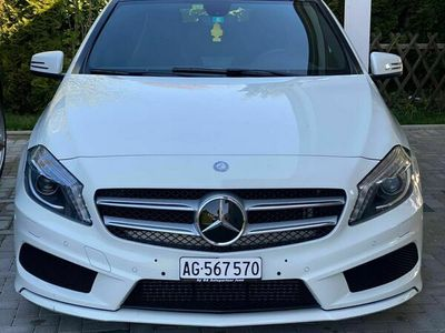 gebraucht Mercedes A180 A-Klasse MercedesAMG Line Panorama Dach