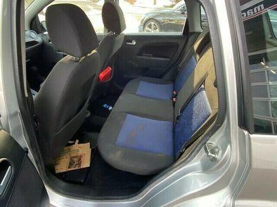 gebraucht Ford Fiesta 1.6 16V Trend