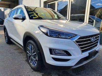 gebraucht Hyundai Tucson 1.6 TGDI Amplia 4WD DCT