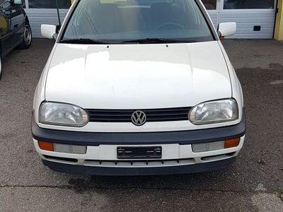 gebraucht VW Golf 1.8