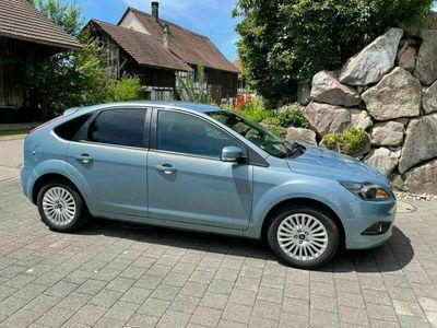 gebraucht Ford Focus 2.0i 16V Titanium