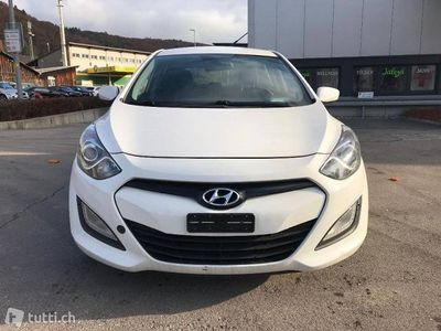 gebraucht Hyundai i30 Wagon 1.6 CRDi Comfort