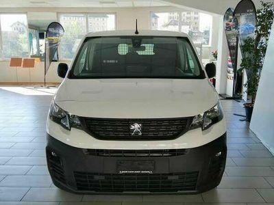 gebraucht Peugeot Partner fourg. 650 Standard 1.2 PureTech 110 Premium S/S