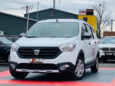 gebraucht Dacia Lodgy 1.2 T Stepway 7PL