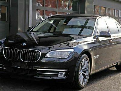 gebraucht BMW 750L 7er i x-Drive Individual Occasion Unique