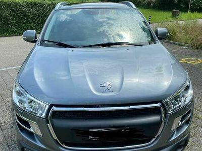 gebraucht Peugeot 4008 Fahrzeug zu verkaufen