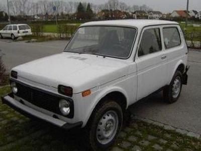 gebraucht Lada niva 4x4 Allrad 1.7 4x4 60kW (82PS)