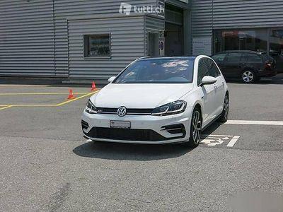 gebraucht VW Golf 1.5 TSI R-line