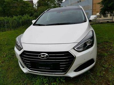 gebraucht Hyundai i40 Wagon 1.7 CRDi 141 Vertex