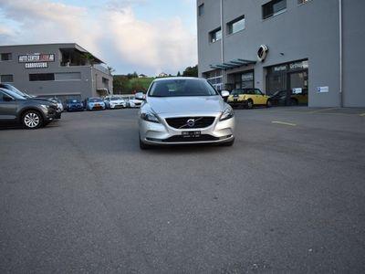 gebraucht Volvo V40 T4 Momentum Powershift