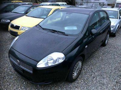 gebraucht Fiat Grande Punto Punto Grande Punto 1.4 8V 77 Young Punto 1.4 8V 77 Young