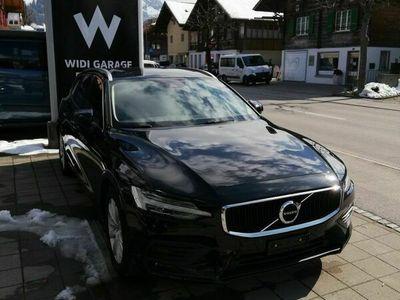 gebraucht Volvo V60 D4 AWD Momentum Geartronic