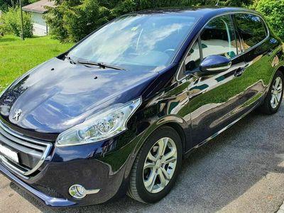 gebraucht Peugeot 208 1.6 VTI Allure