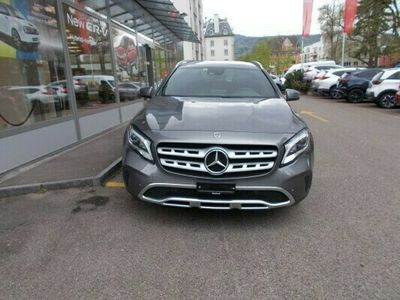 gebraucht Mercedes GLA220 Urban 4Matic