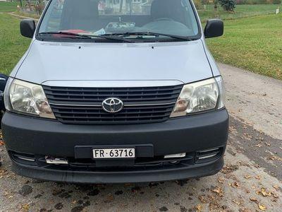 gebraucht Toyota HiAce D-4D Kombi 4WD SWB