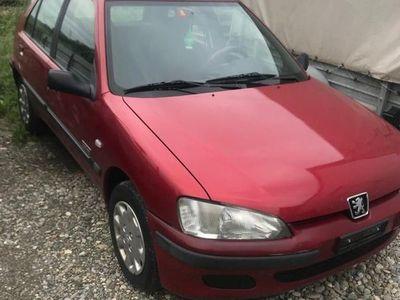 gebraucht Peugeot 106 rot, noch einlösbar...