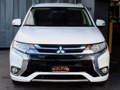 gebraucht Mitsubishi Outlander 2.0 PHEV Style 4WD Automatic