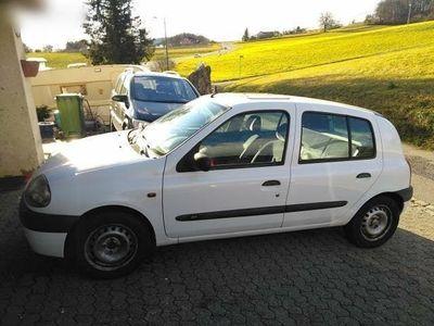 gebraucht Renault Clio 1.6 Automat mit MFK