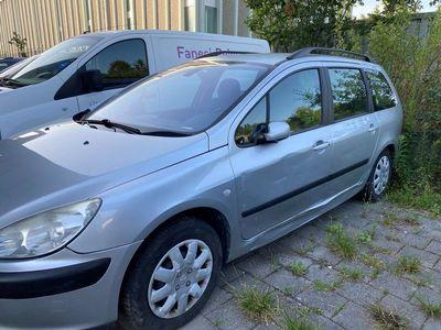 gebraucht Peugeot 307 2.0 16V XT