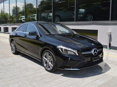 gebraucht Mercedes CLA220 Urban 4Matic 7G-DCT