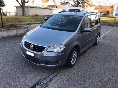 gebraucht VW Touran 1.4 tsi highline 2010