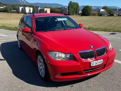 gebraucht BMW 325 3er xi selten in Rot
