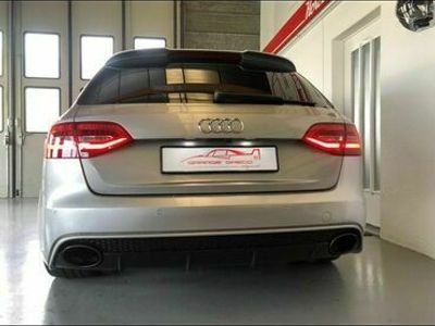 gebraucht Audi RS4 S4 / RS4 RS4 Avant 4.2 FSI V8 quattro S-tronic S4 / RS4Avant 4.2 FSI V8 quattro S-tronic