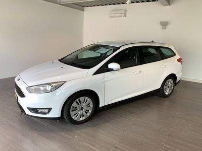 gebraucht Ford Focus 1.0 SCTi Business Automatic
