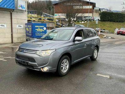 gebraucht Mitsubishi Outlander 2.0 PHEV Navigator eAssist