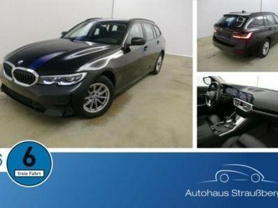 gebraucht BMW 318 d Tour. Aut. NAVI LED 3-Z HIFI NP:52.000€
