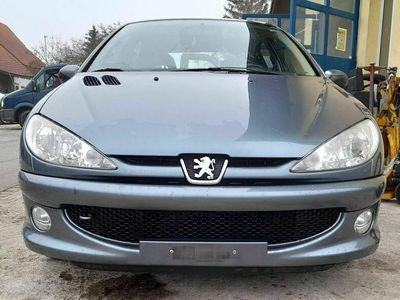 gebraucht Peugeot 206 1.4 16V Extravaganza