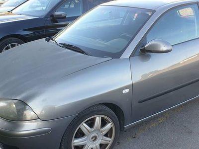 gebraucht Seat Ibiza 1.4 benzin bj 2002