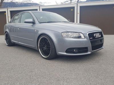 gebraucht Audi A4 2.0 Turbo FSI quattro