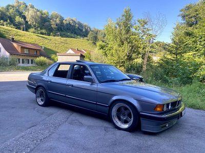 gebraucht BMW 735 7er i E32 frisch ab MFK