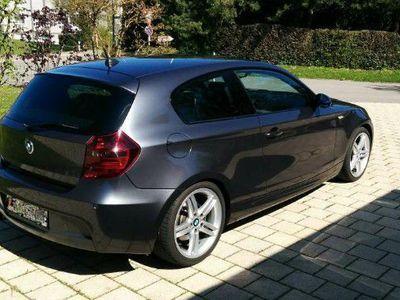 gebraucht BMW 130 1er gepflegter i in sehr gutem Zustand